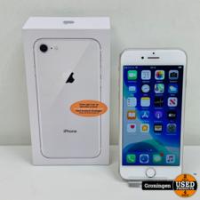 Apple Apple iPhone 8 64GB Silver | Scherm licht beschadigd | Accu 87% | incl. lader, boekjes en doos