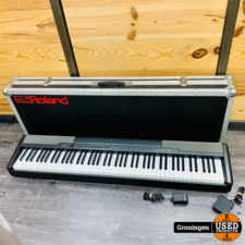 Casio Casio CDP-100 Digitale Piano Zwart | incl. Sustain-pedaal, adapter en Flightcase