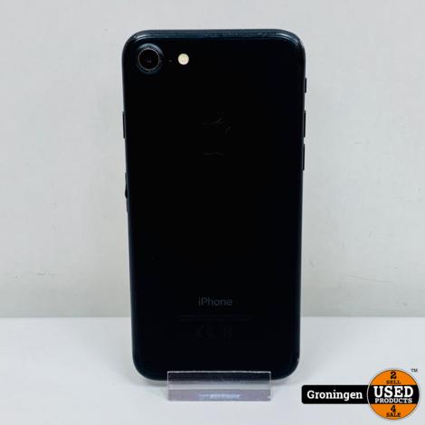 Apple iPhone 7 32GB Black   iOS 13.7   Accu 93%