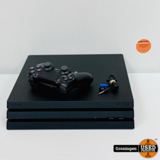 Sony PlayStation 4 [PS4] Sony PlayStation 4 Pro 1TB CUH-7216B | NETTE STAAT! | incl. DualShock 4 Controller, Chat Headset en kabels