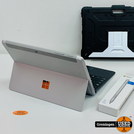 Microsoft Surface Go 64GB | incl. Microsoft Type Cover, Microsoft Surface Pen, UAG Heavy Duty Cover/Stand en oplader