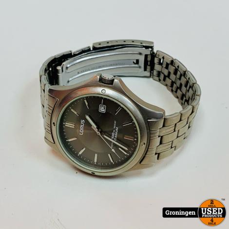 Lorus V732-0P90 Titanium horloge Ø38mm | nieuwe batterij