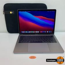 Apple Apple MacBook Pro 2017 13'' Silver   Core i5   8GB   256GB SSD   macOS Big Sur 11.2   licht beschadigd   incl. Sleeve en MagSafe-adapter