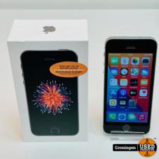 Apple Apple iPhone SE 32GB Space Gray NETTE STAAT! Accu 97% | iOS 14.6 | incl. lader en doos