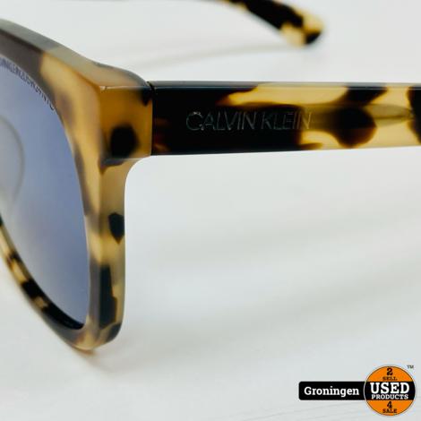 Calvin Klein CKNYC1850S-244 Matte Khaki Tortoise zonnebril NETTE STAAT! incl. case