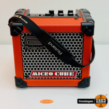 Roland Roland Micro Cube Rood gitaarversterker combo