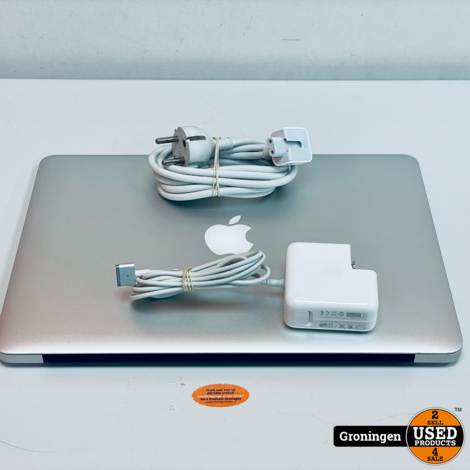 Apple MacBook Air 13,3'' MD760N/A NETTE STAAT   Core i5 (Turbo: 2,6GHz)   4GB   128GB SSD   macOS Big Sur