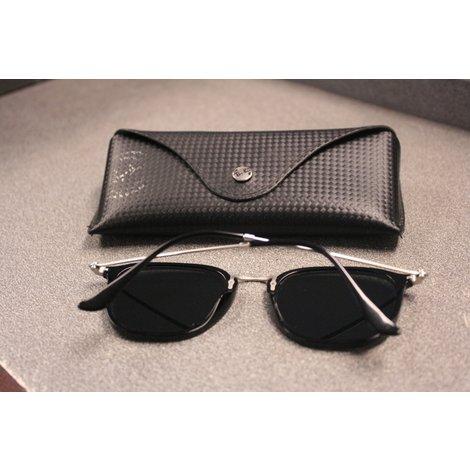 Rayban rb2448 zonnebril inclusief hoesje in nette staat
