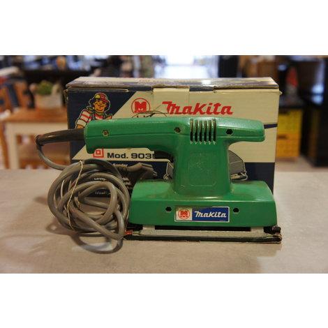Makita 9035 vlakschuurmachine in doos