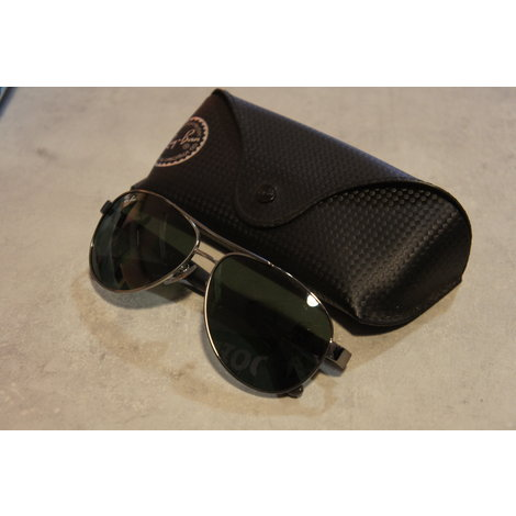 Rayban 3457 zonnenbril in hoes in prima staat