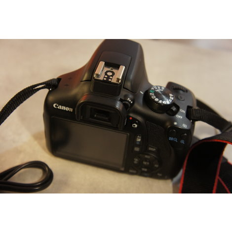 Canon EOS 1300D body in nette staat
