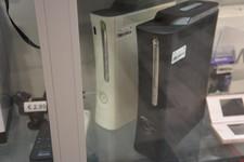 Xbox 360 elite 120Gb + controller + kabels