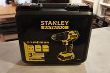 Stanley Stanley FMC607D2 NIEUW Fatmax 18V 2.0Ah Premium Brushless Drill Driver - accu boor schroef machine NIEUW