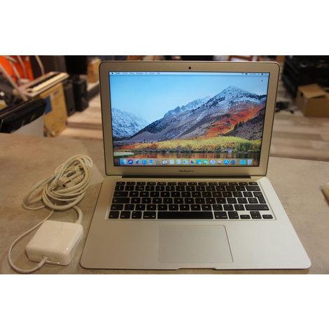 Macbook air 13inch  early 2015