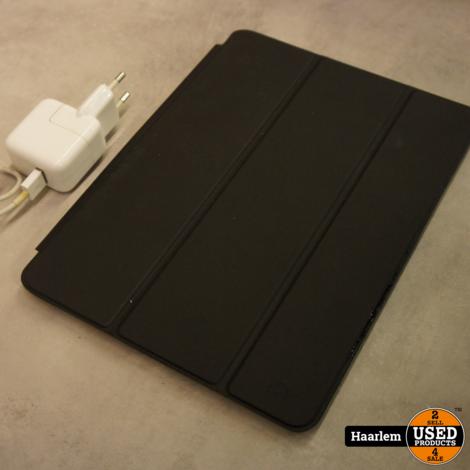 Ipad air 2 32 gb inclusief lader en hoes in nette staat