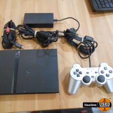 PS2 slim met controller en kabels