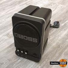 Boss MA12 monitor speaker actief in gebruikte staat Boss MA12 monitor speaker actief in gebruikte staat