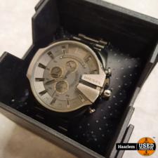 Diesel Horloge DZ-4282 kleur zilver in doosje in prima staat Diesel Horloge DZ-4282 kleur zilver in doosje in prima staat