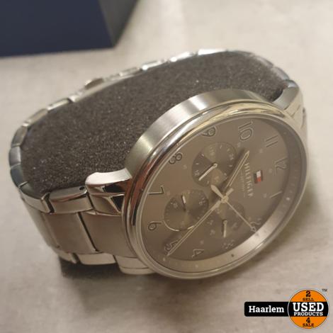 Tommy hilfiger TH1710382 horloge in nette staat in doos