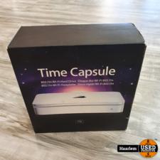 Apple Time capsule wifi hard drive 1TB in doos in nette staat Apple Time capsule wifi hard drive 1TB in doos in nette staat