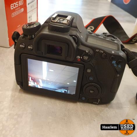 Canon EOS 80D Camera + 18-55Mm lens in nette staat in doos met 3 accu's