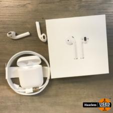 Apple Airpods 2e generatie als nieuw in doos met bijna 2 jaar garantie!