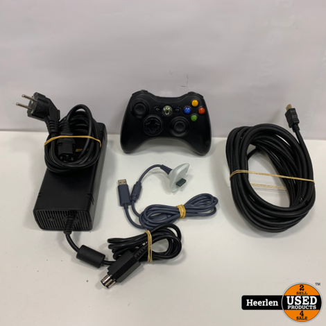 Microsoft Xbox 360 Slim   250GB   Zwart   B-Grade   Met Garantie