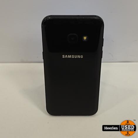 Samsung Galaxy A3 2017 16GB | Zwart | B-Grade | Met Garantie