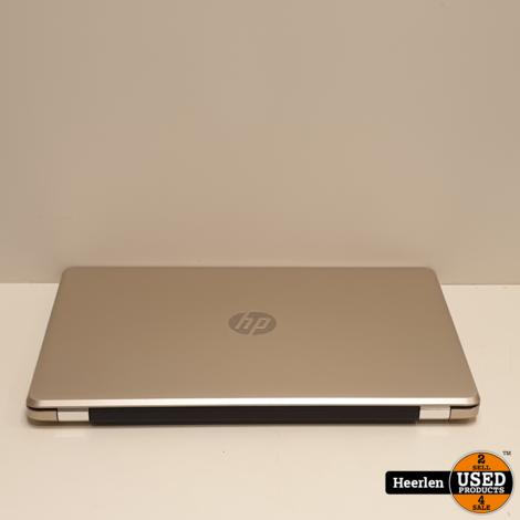 HP 15   Intel Core i5-8250U   4GB - 256GB SSD   B-Grade   Met Garantie