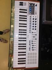 Arturia keylab 49 keyboard