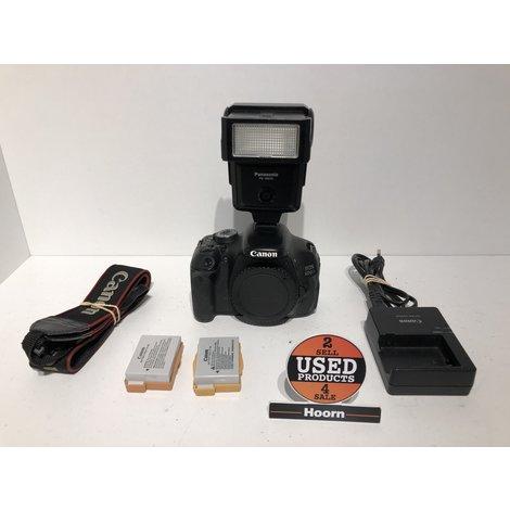 Canon EOS 600D Spiegelreflex Camera Body (Flitser Defect) met 2 Accu's en Lader incl. Panasonic PE-280C Flitser