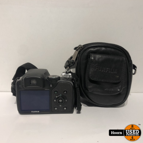 FujiFilm Finepix S8100FD Compact Camera 10 MP Met Tas in Nette Staat