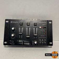Skytec STM-3020 4-kanaals Mengpaneel Met USB MP3