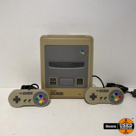 Super Nintendo SNES Compleet met 2 Controllers