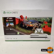 Xbox One S 1TB Wit + Forza Horizon 4 LEGO SC Nieuw in Doos