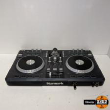Numark iDJ3 Complete Digital DJ System