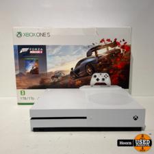 Xbox One S 1TB in Doos Zonder Controller en Spel in Zeer Nette Staat