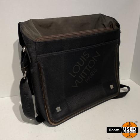 Louis Vuitton Damier Geant Terre Messenger Bag Zwart met Bruin Lederen Afwerking