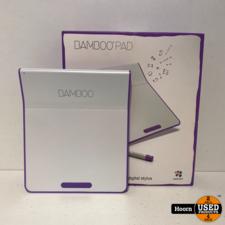Wacom Bamboo Pad CTH-300 Draadloze Touchpad Met Pen Wit/Paars in Doos
