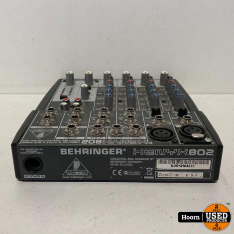 Behringer XENYX 802 Analoog Mengpaneel incl. Adapter