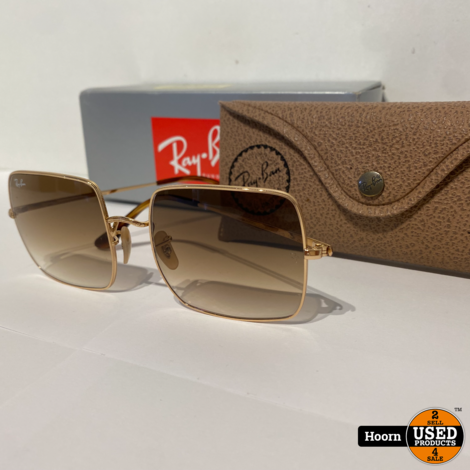 Ray-Ban RB1971 Square 1971 Classic Zonnebril in Hoes Met Doos