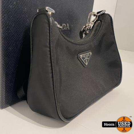 Prada Re-Edition Nylon MINI Shoulder Bag Zwart 1TT122 Compleet in Doos met Bon in Zeer Nette Staat