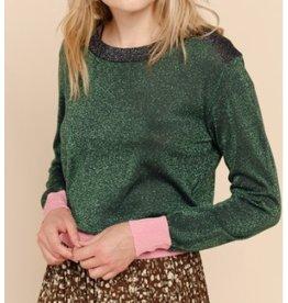 Sweater glitter