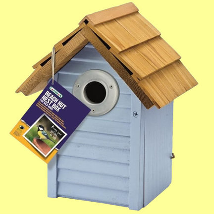 Birdhouses and nest boxes