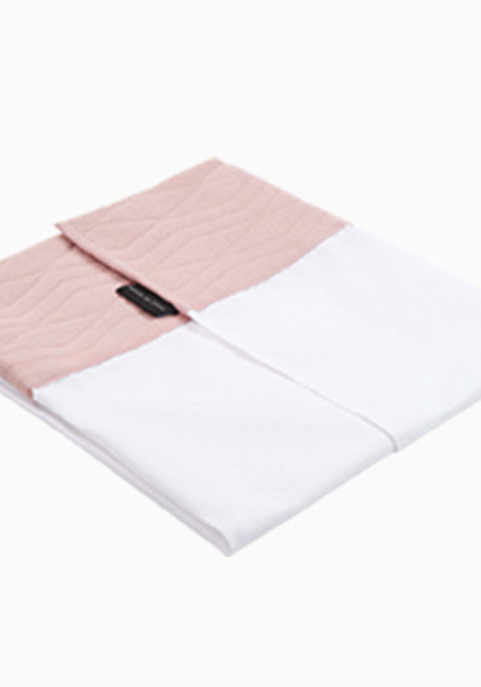 House of Jamie Crib Sheet Geometry Jacquard - powder pink