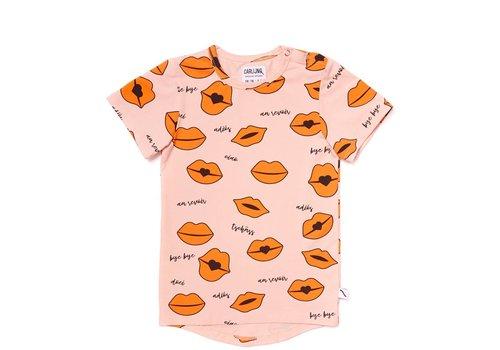 CarlijnQ CarlijnQ Kiss Goodbye T-shirt Short Sleeve Drop Back - lips