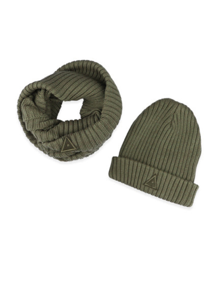Ammehoela Bobbie Scarf and Hat Dark Army