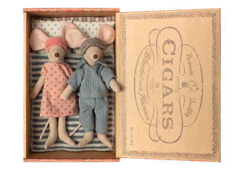 Maileg Maileg Mum & Dad Mice in Cigar Box