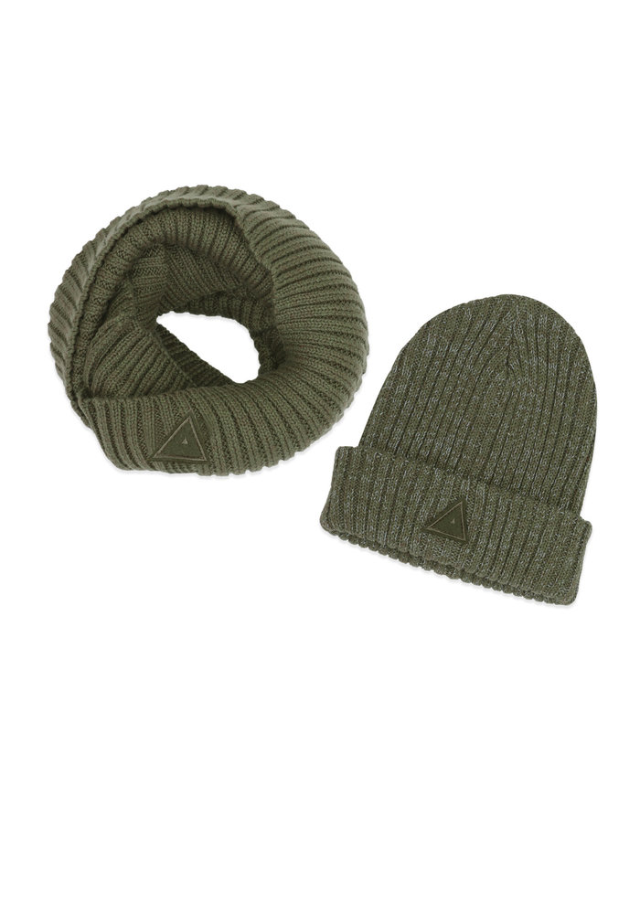 Ammehoela Bobbie Scarf and Hat Army