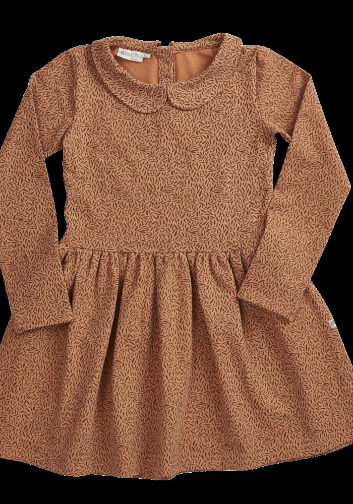 Blossom Kids Peterpan Dress LS Leave Drops Caramel Fudge